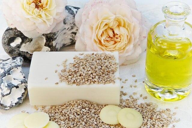 Cuidar nuestra piel con aceite de rosa mosqueta